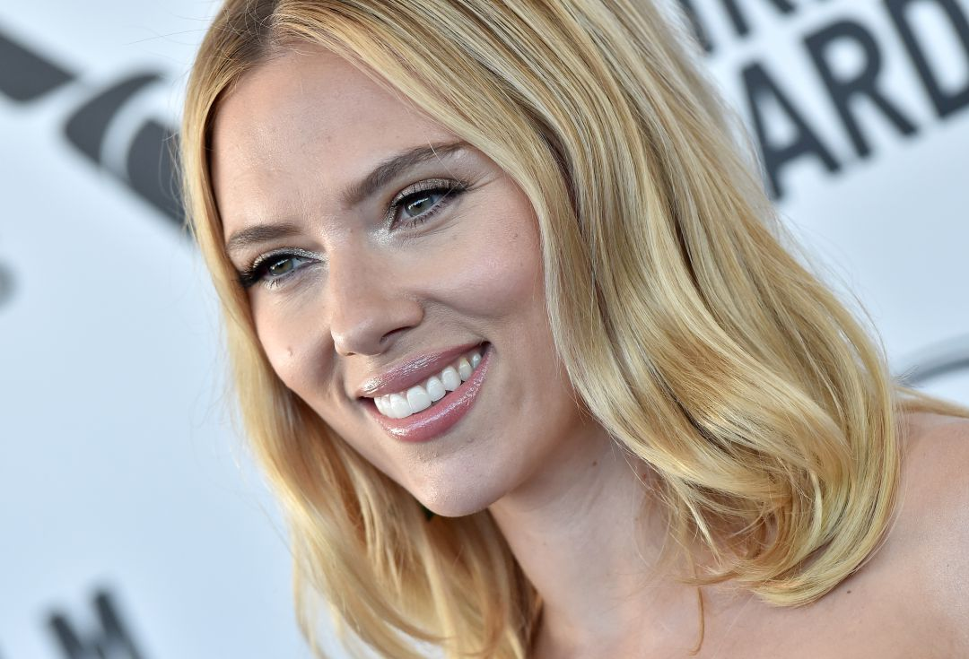 Scarlett Johansson recibirá cifra millonaria por su demanda a Disney